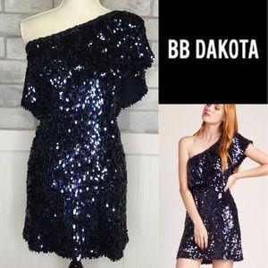Nwts BB Dakota navy sequin party Dress
